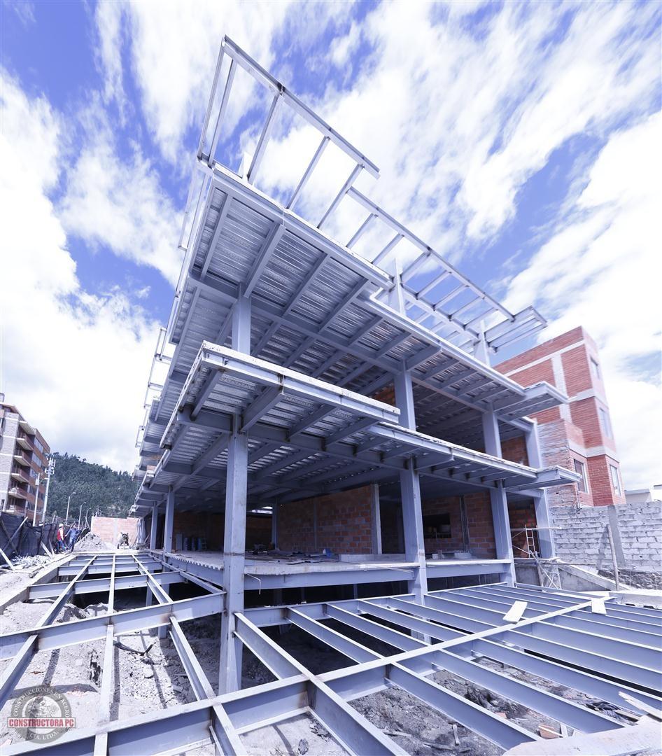 Casa de estructura metalica pergola grande estructuras - Casa estructura metalica ...