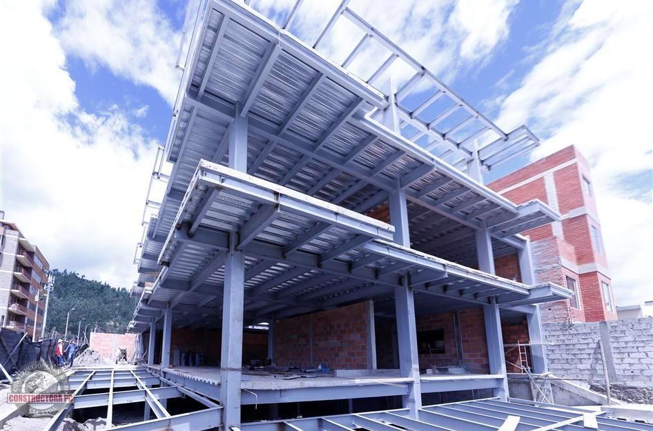 Casa de estructura metalica pergola grande estructuras - Estructura metalicas para casas ...